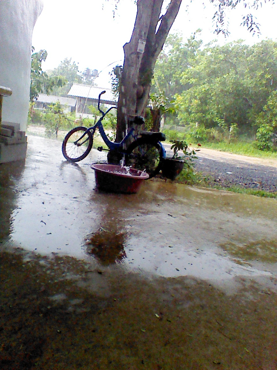 it rains in Thailand